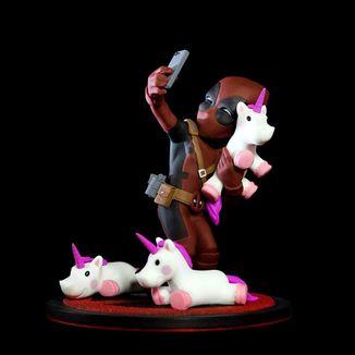 Deadpool Q-Fig #unicornselfie Diorama