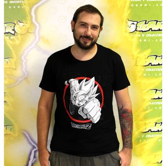 Camiseta Dragon Ball Z Goku SS Poing