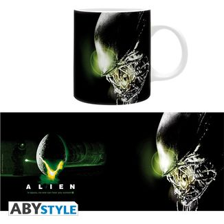 In Space No One Can Hear You Scream Mug Alien