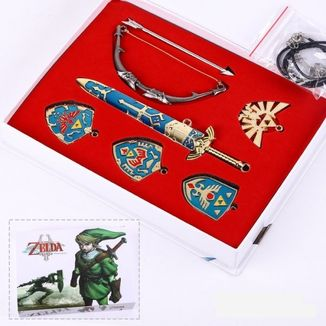 The Legend of Zelda Set Necklace and Keychain